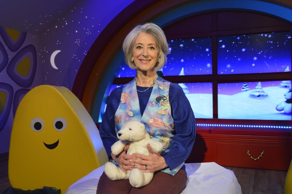 George Ezra and Tom Hardy read CBeebies Bedtime Stories through