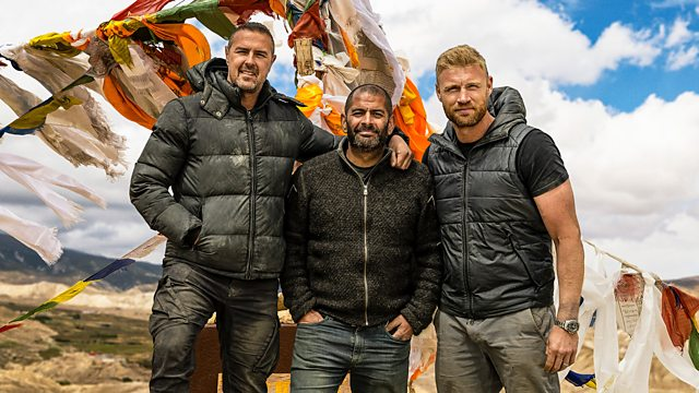 Paddy McGuinness, Chris Harris and Freddie Flintoff (Credit: BBC)