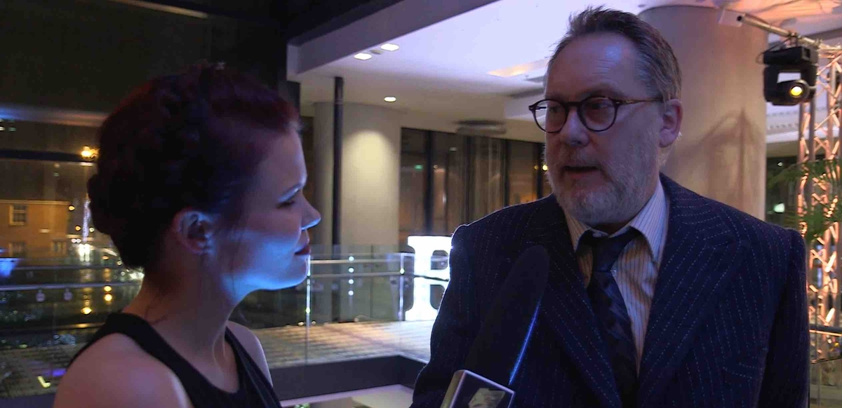 From left to right: Lindsey Russell and Vic Reeves