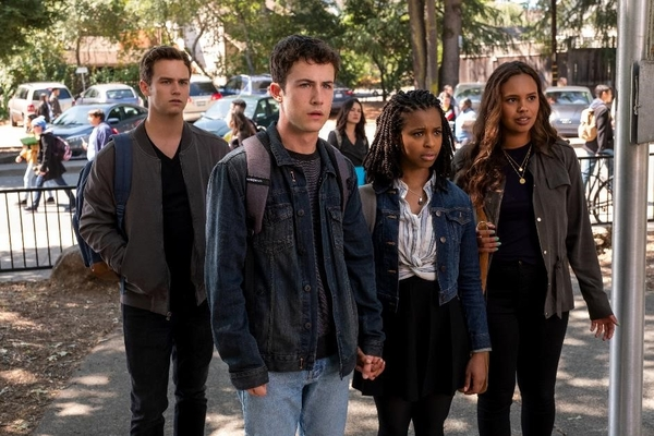 L to R: Brandon Flynn, Dylan Minnette, Grace Saif and Alisha Boe (Credit: David Moir/Netflix)