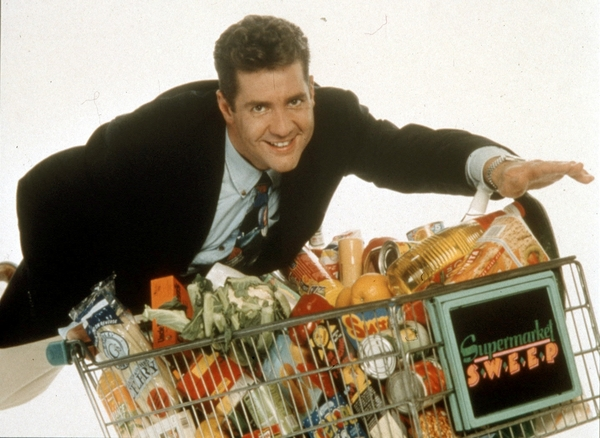 Dale Winton's Supermarket Sweep (Credit: FremantleMedia)