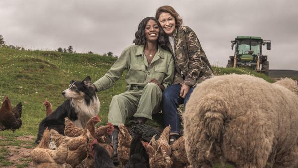 Emma Willis and AJ Odudu (Credit: UKTV)