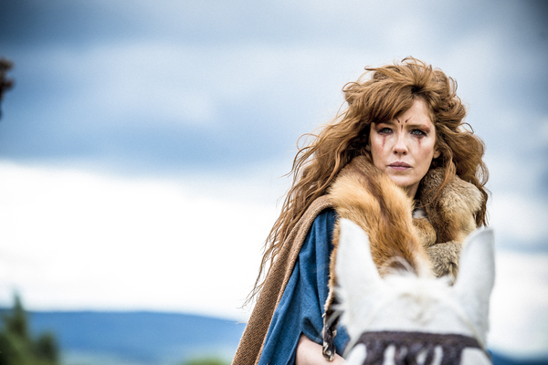First Look - Kelly Reilly as Kerra