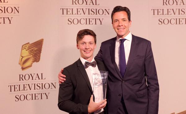 Camera award winner Johnstone Macpherson-Stewar and Simon Pitts, CEO of STV (Credit: Éva I Sibinszki/Glasgow Clyde College)