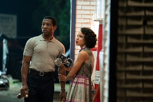 Jonathan Majors and Jurnee Smollett (Credit: Sky)