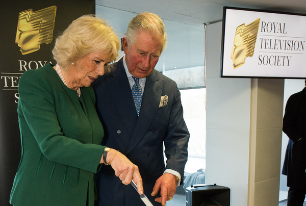 Prince Charles and the Duchess of Cornwall cut the RTS cake (Credit: RTS/Paul Hampartsoumian)