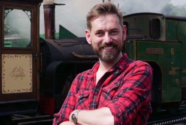 Tim Dunn (Credit: UKTV)