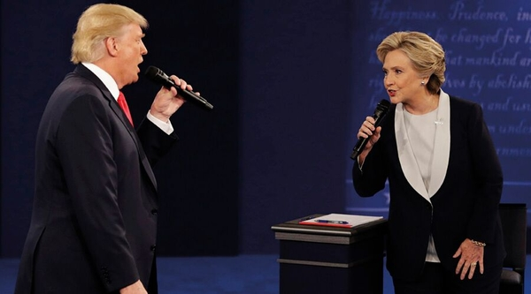 The second US Presidential debate, on 9 October (Credit: AP)