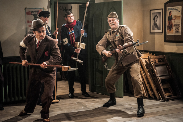 James Beck (KEVIN BISHOP), John Laurie (RALPH RIACH), Ian Lavender (KIERAN HODGSON), Clive Dunn (MARK HEAP) in We're Doomed! The Dad's Army Story