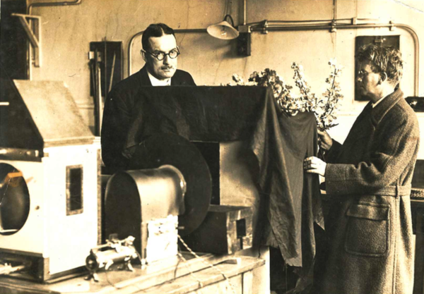 WGW Mitchell (left), who proposed what became the Television Society, served as its honorary secretary 1929-44, with John Logie Baird, preparing for a demonstration