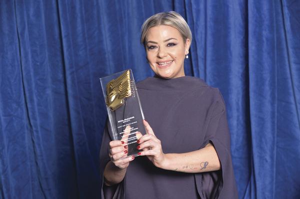 Lisa Armstrong with her RTS Craft & Design Award (Credit: Richard Kendal)
