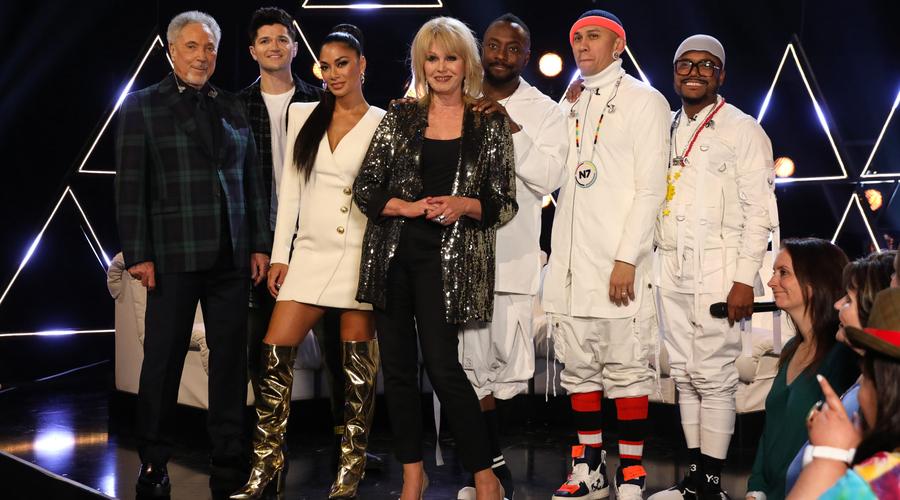 Sir Tom Jones, Danny O'Donoghue, Nicole Scherzinger, Joanna Lumley and The Black Eyed Peas (Credit: ITV)