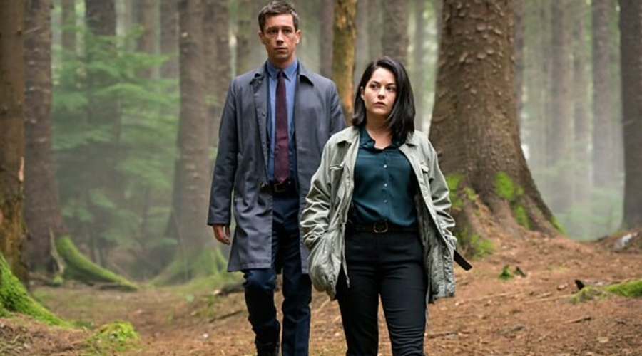 Killian Scott and Sarah Greene (Credit: BBC)