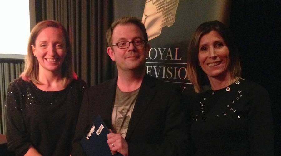 The organisers, Vicki Sutton and Cath Tudor with the Quizmaster, Daniel Glyn