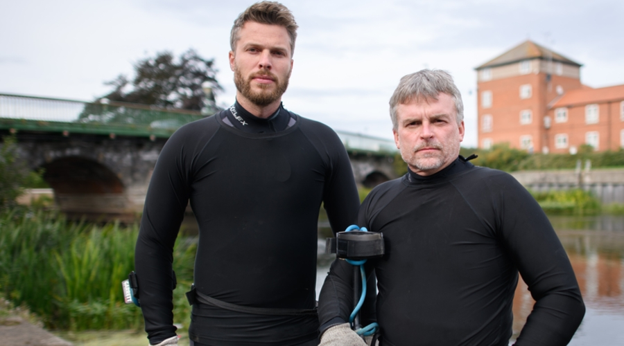 Rick Edwards and Beau Ouimette (Credit: History Channel)